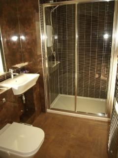 En-suite Double Ground Floor