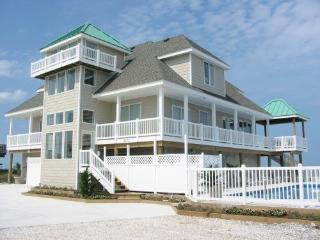 *** GORGEOUS Oceanfront Home w/ POOL, Virginia Beach