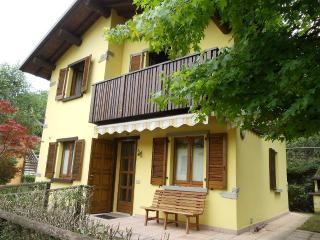 Baita / Villa Singola, Piazza Brembana