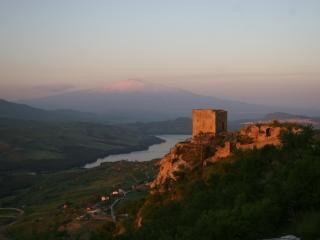 """Case al Borgo-Agira-Home Relais """"CASA G.BUFALINO"""""""
