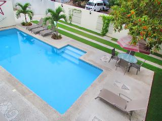Mauricio #2 / Bucerias / Fully equipped condo