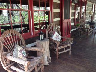Beautiful Real Log Cabin In Blue Ridge Georgia