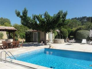 POOL, charming independant Cottage** for lovers