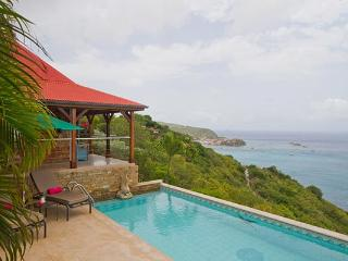 Private villa with incomparable ocean views & breathtaking sunsets WV KAN, Colombier