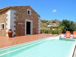 SC011 Villa con piscina 8 posti Scopello