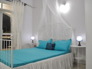 Soothing Bedroom Interiors