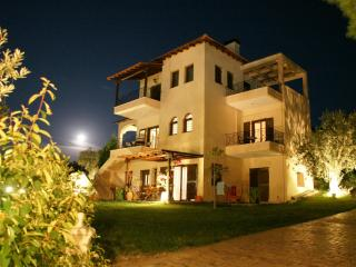 Excellent  Villa in Vourvourou Halkidiki