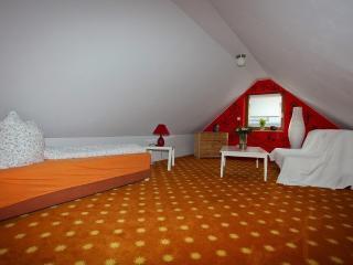 Double Room in Hamminkeln - modern, quiet, central (# 5351)