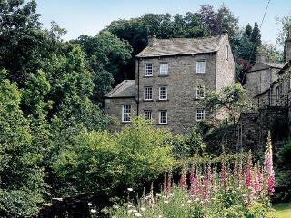 Waters Edge Apartment, The Water Corn Mill, West Burton