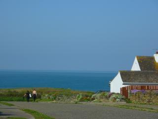 Dolphins Beach Retreat at Widemouth Bay, North Cornwall