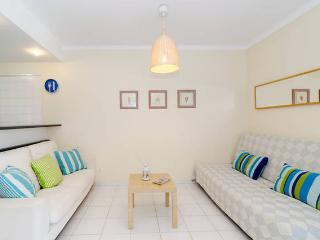 Cozy Apartment WIFI, Pool and Parking, Praia da Rocha