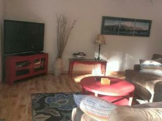 Sunriver 3BD/2BA ** Free swimming Passes to SHARC and North Pool