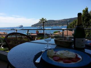 A burrata on the terrace