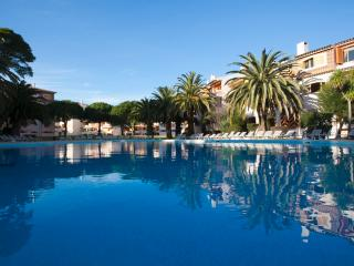 Luxury apartment Wi-fi+swimming-pool+garden, Cascais