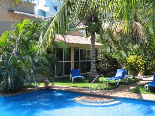Newly Available! Villa Jardin:  Roomy Pool Side Garden Villa, A Few Steps From The Beach, Akumal