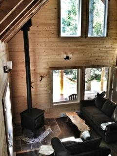 There a wood stove for a warm cozy cabin feel in the winter months