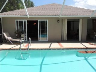 Beach Bound Bungalow!, Naples