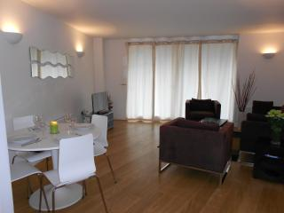 Two Bedrooms Apartment at London  Docklands