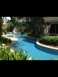 3 bedrooms 2 bathrooms condominium in huahin town, Sao Hai