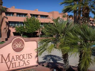 PALM SPRINGS  {1BR Condo}   Marquis Villas Resort