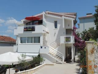 Villa Tanja is an ATTRACTIVE HOUSE on the beach