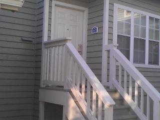 Fantasic Location @ Cumberland Terrace #3C, 2 Bedroom w/ Loft - Sleeps 8, Myrtle Beach