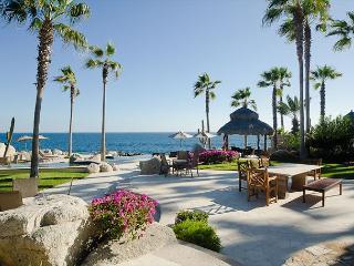 Villa Anika - 4 bedroom beachfront Paradise, Cabo San Lucas