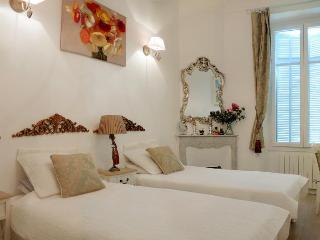 Lorranu, Beautiful 2 Bedroom Apartment in Cannes