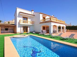 VILLA FUSTER: 6 bedrooms, private pool, bbq, wifi, Calpe