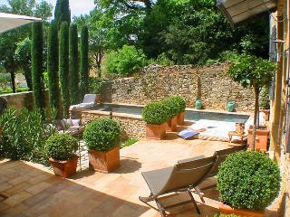 Maison du Gard, Saint-Marcel-de-Careiret