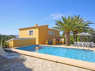 Villa Carola -  Private pool, wifi and BQQ area., Calpe