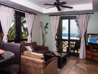 Bahia Encantada 3L 3rd Floor Ocean View, Jaco