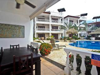 Paloma Blanca 1C 1st Floor Pool View, Jaco