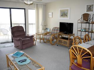 Hibiscus Resort - H303, Garden View, 2BR/2BTH, 3 Pools, Wifi, Saint Augustine