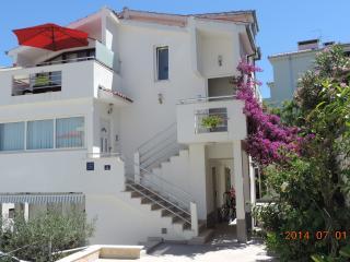 Apartment  STUDIO VillaTanja, Okrug Gornji, Trogir