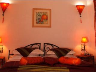 """Riad Aquarelle - """"La chambre Fleur d'Oranger"""""""