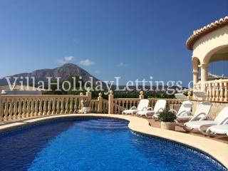 Family Holiday Villa Buena Vida with private pool, Javea