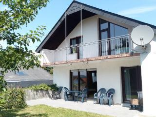 1A Wohnung 130m2 / Top Garten / Top Ausblick, Adenau