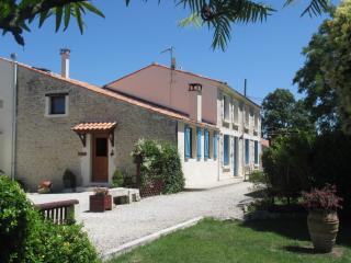 One of the Charente Maritime's most popular & well equipped Gite Properties