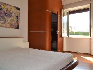 Sea view apartment in the center, Salerno