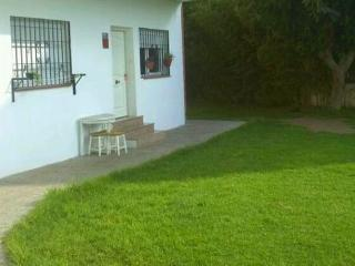 CASITA  A PIE DE JARDIN  -BAJONDILLO-, Torremolinos