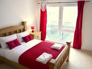 Holistic Condos - 2 bedroom apartment, Edimburgo