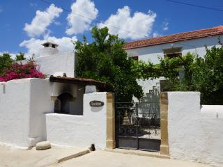 Patriko traditional villa, Tympaki
