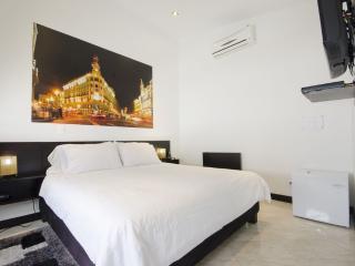 Bargain Priced Apartment Suite, Medellín