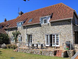 Cobblestone House     -    H304