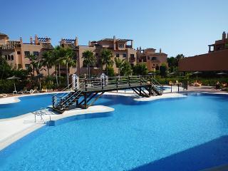 Costadel sol 2 bed 5* apt, San Pedro de Alcantara