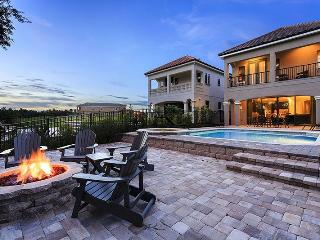 Southern Exposure | Gorgeous Villa South Facing Pool, Extended Deck, Summer Kitchen & Firepit, Disney Themed Rooms, & 2 Games Rooms, Kissimmee