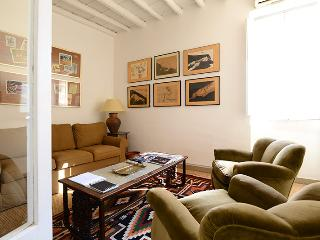 Spanish Steps lovely apartment, Roma