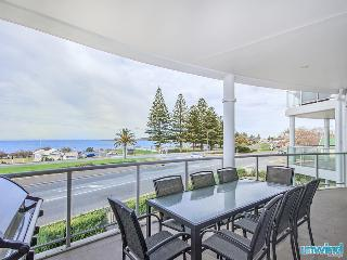 Gallery 9 Resort Style Apartment, Victor Harbor