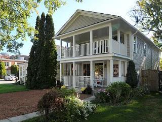 Summerhill House, old town charm!, Niagara-on-the-Lake